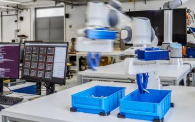 Visto, almacenado, aprendido: los robots de autoaprendizaje resuelven tareas con la ayuda de una cámara Ensenso 3D