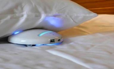 Un robot de bolsillo ya puede desinfectar la habitación de hotel