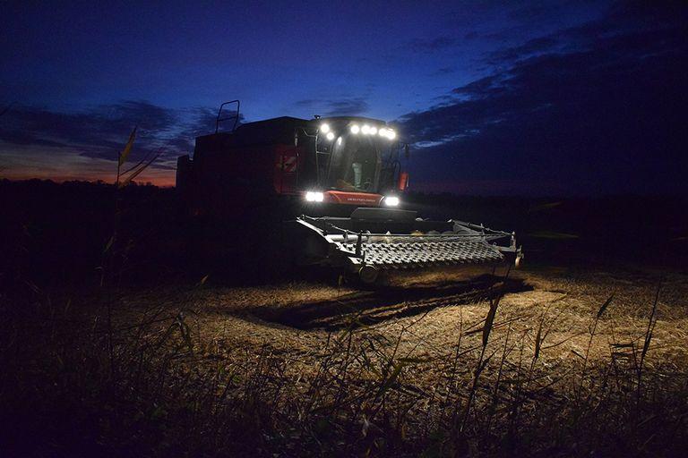 Los tractores podrán conducir solos en Rusia gracias a esta tecnología