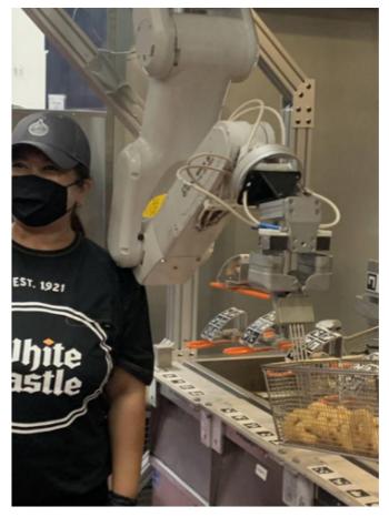 Primera Gran Cadena de Fast Food con un Cocinero Robótico