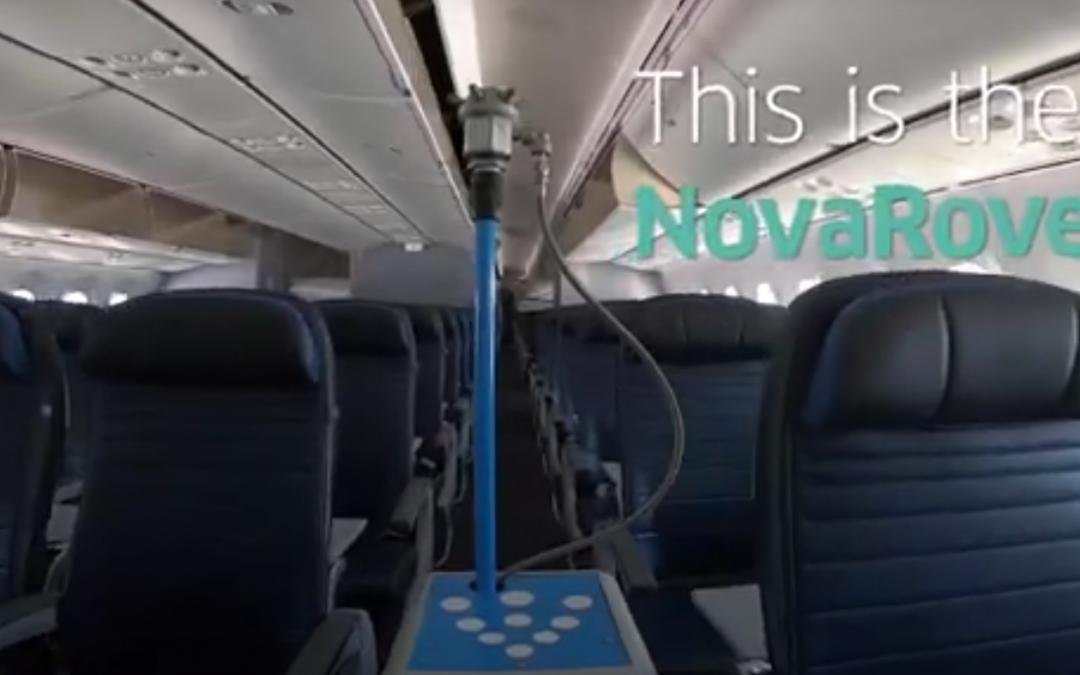 United usa un robot para eliminar los virus en sus aviones