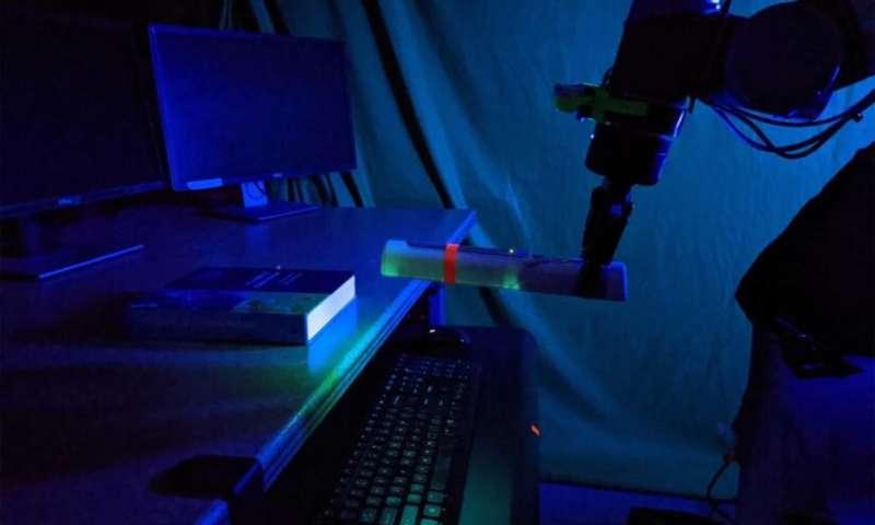 Los brazos robóticos amplían el alcance de la desinfección UV