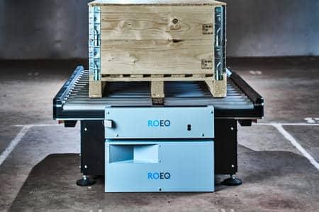 ROEQ presenta GuardCom para transferir productos entre AMR y cinta transportadora