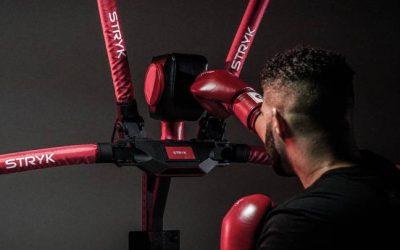 Entrena a lo Rocky Balboa en casa con este robot