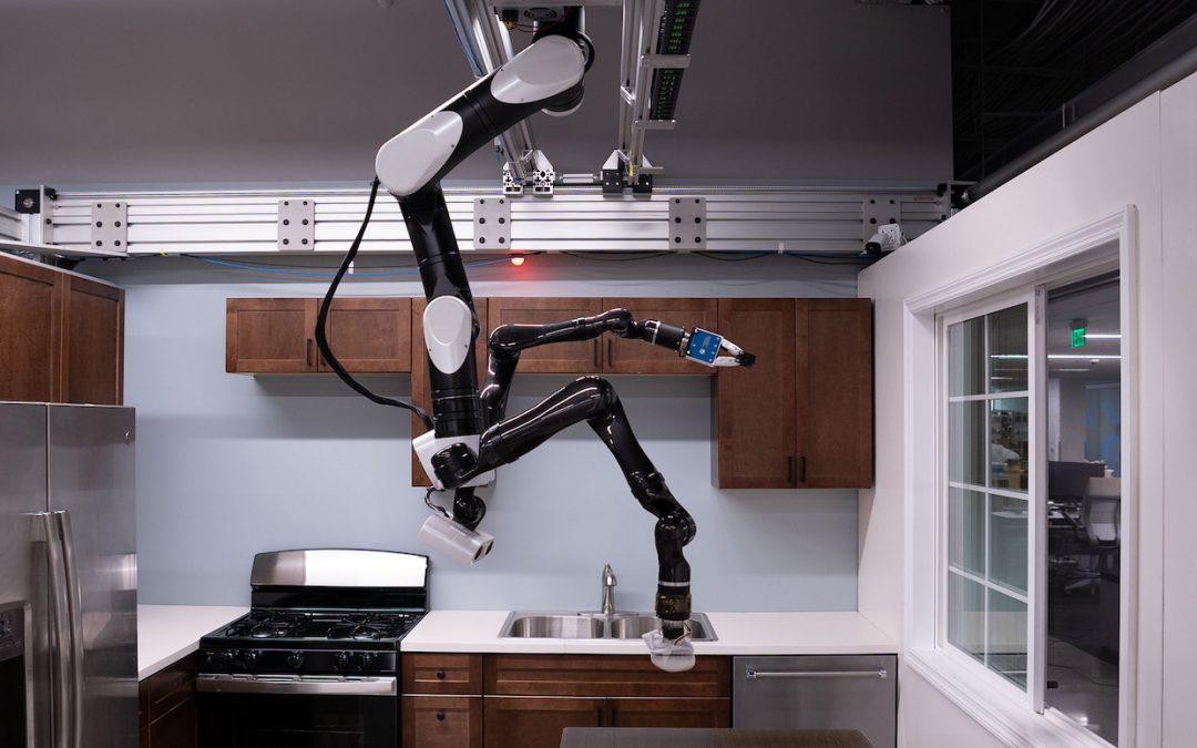 Toyota Research Muestra un Robot Doméstico Montado en el Techo
