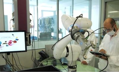 La Automatización de L'Oréal con Cobots