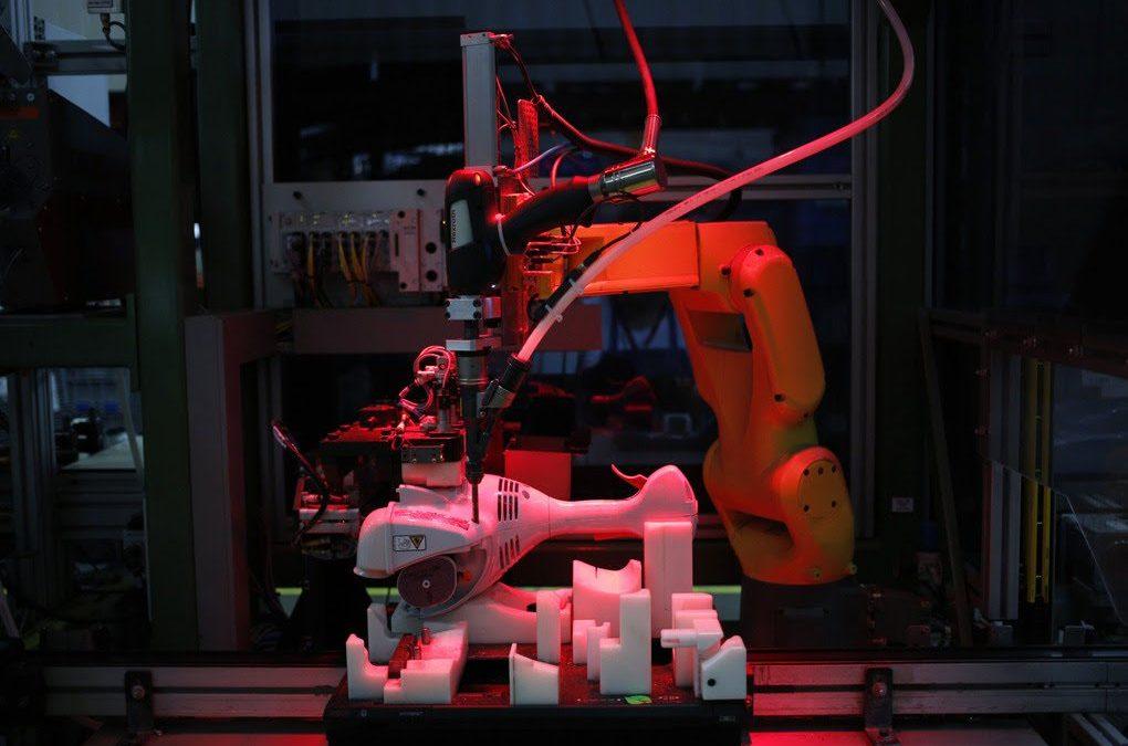 La propagación de COVID-19 provocó un aumento en los pedidos de robots industriales