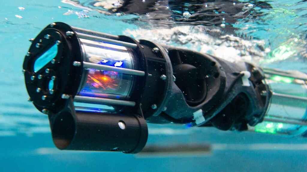 Así es el robot serpiente que revisará barcos y submarinos bajo el agua