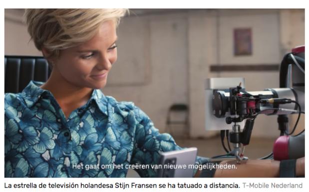 Este tatuador ha logrado tatuar a una estrella de la televisión holandesa de forma remota usando un robot 5G