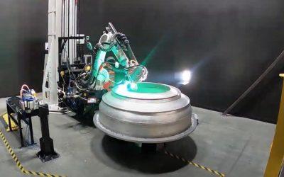 Vea un robot imprimiendo en 3D el cohete para el primer lanzamiento orbital de Relativity Space
