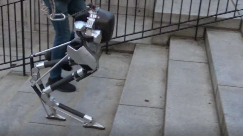 Cassie, un robot ciego, puede subir y bajar escaleras