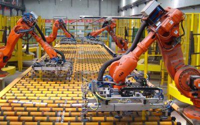 Empresas se apoyan en los robots para atender la enorme demanda de productos durante la pandemia