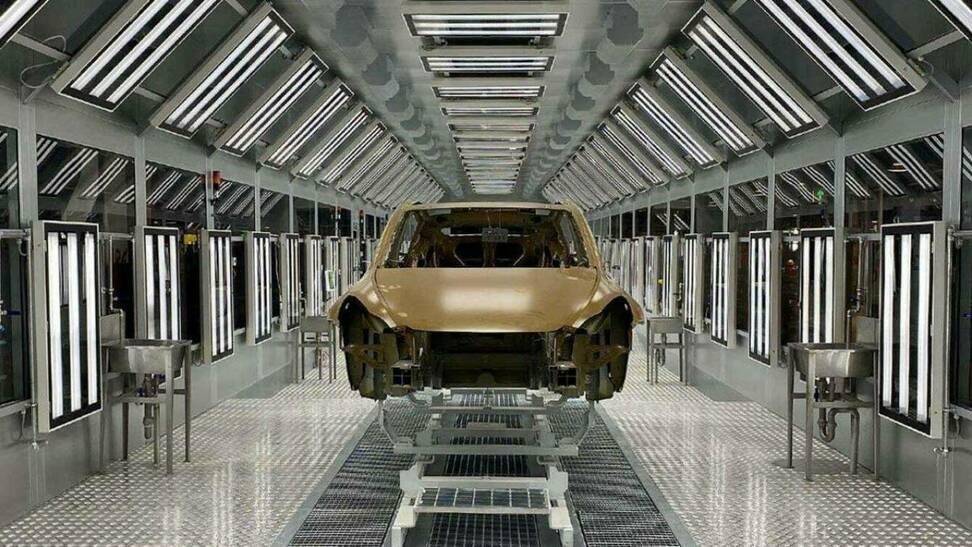 La increíble fábrica robótica que construye Tesla