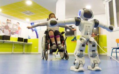 Ensayo con robots para reducir las sesiones de rehabilitación en niños con lesión medular