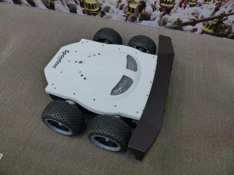Hubbard prueba robot de Tibot: 30 % más monta y mejor fertilidad